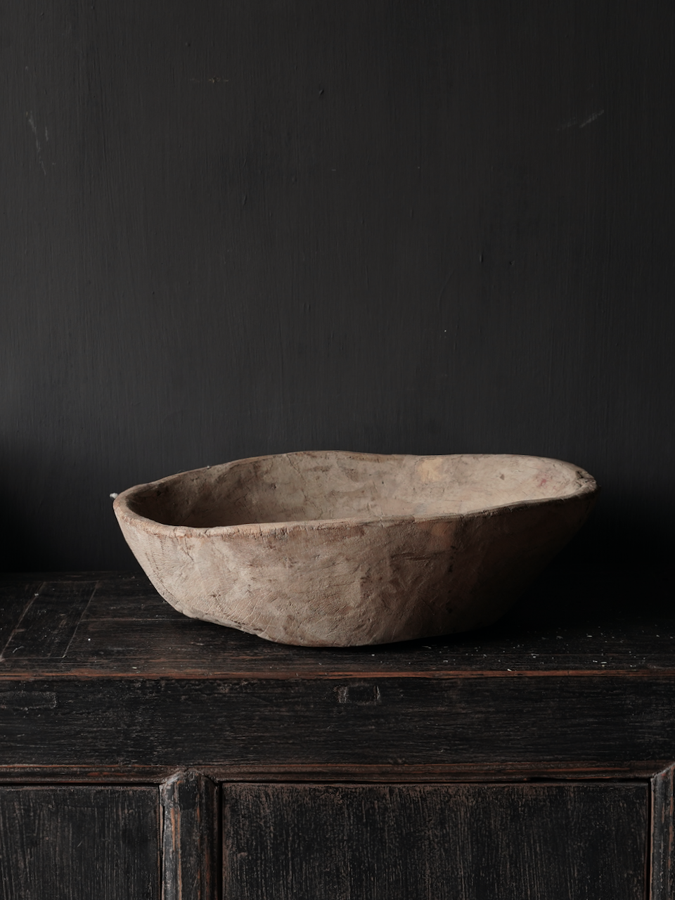 Old Authentic wooden bowl-2
