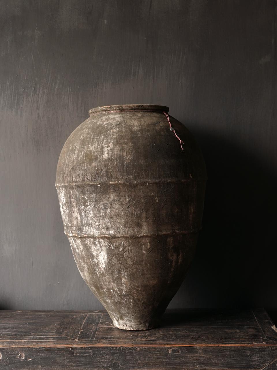 Oude Authentieke aardewerk kruik-2