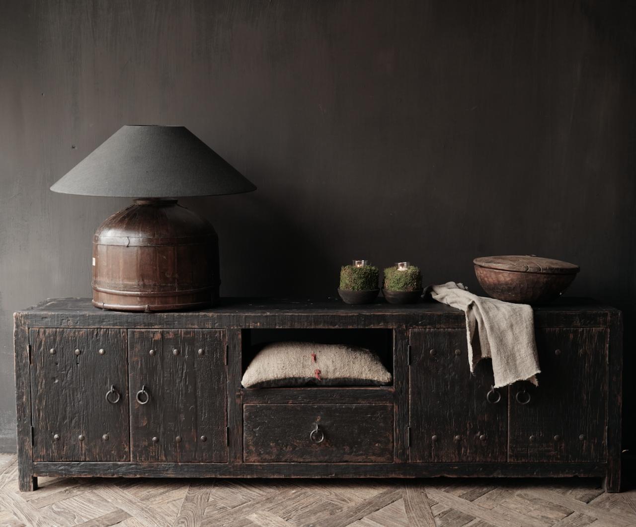 Stoer tv meubel  van oud  zwart/bruin robuust hout-2