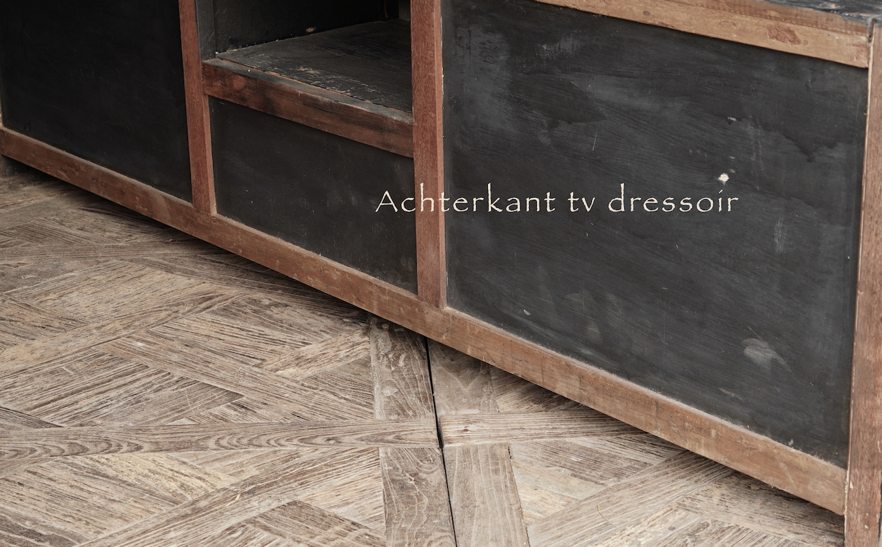 Stoer tv meubel  van oud  zwart/bruin robuust hout-6