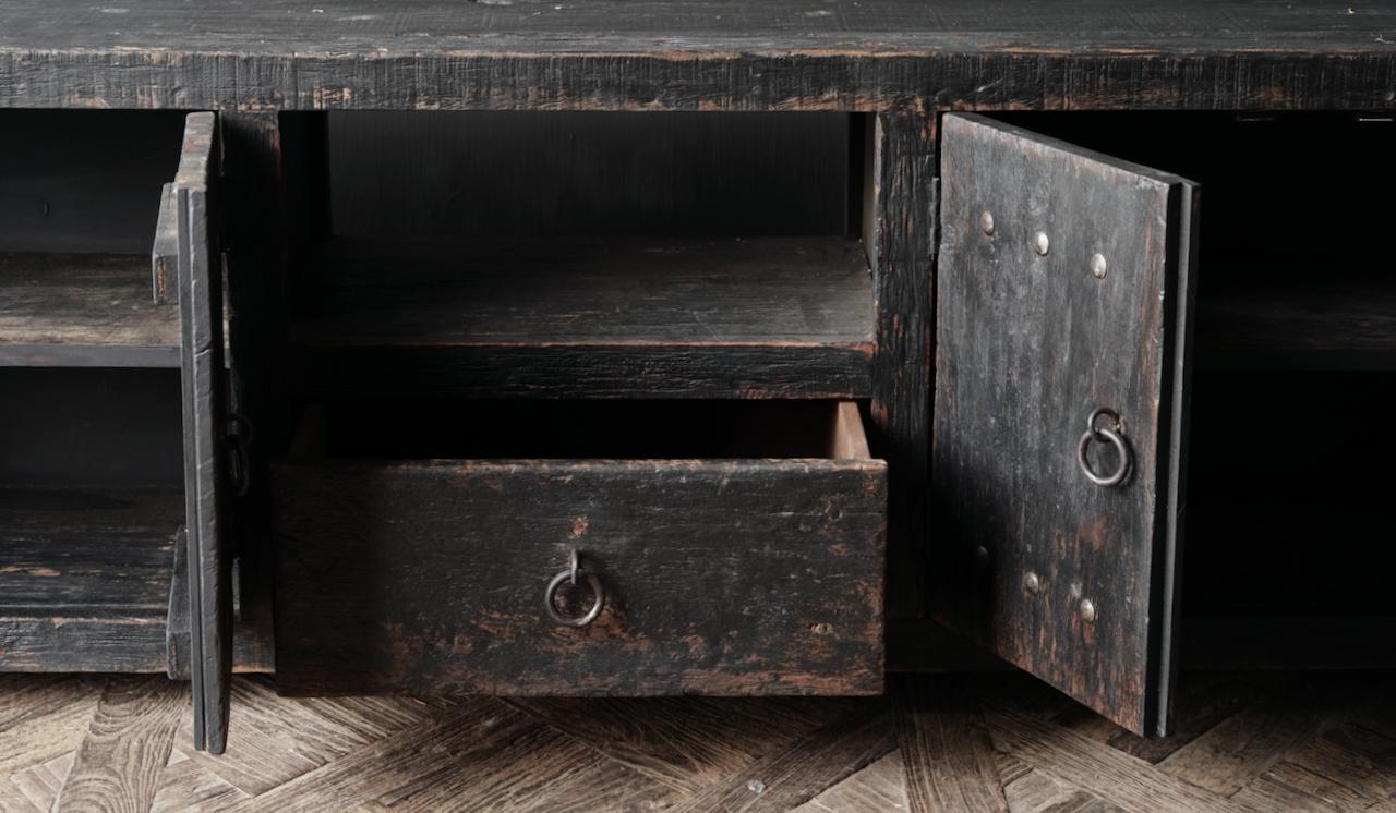 Stoer tv meubel  van oud  zwart/bruin robuust hout-3