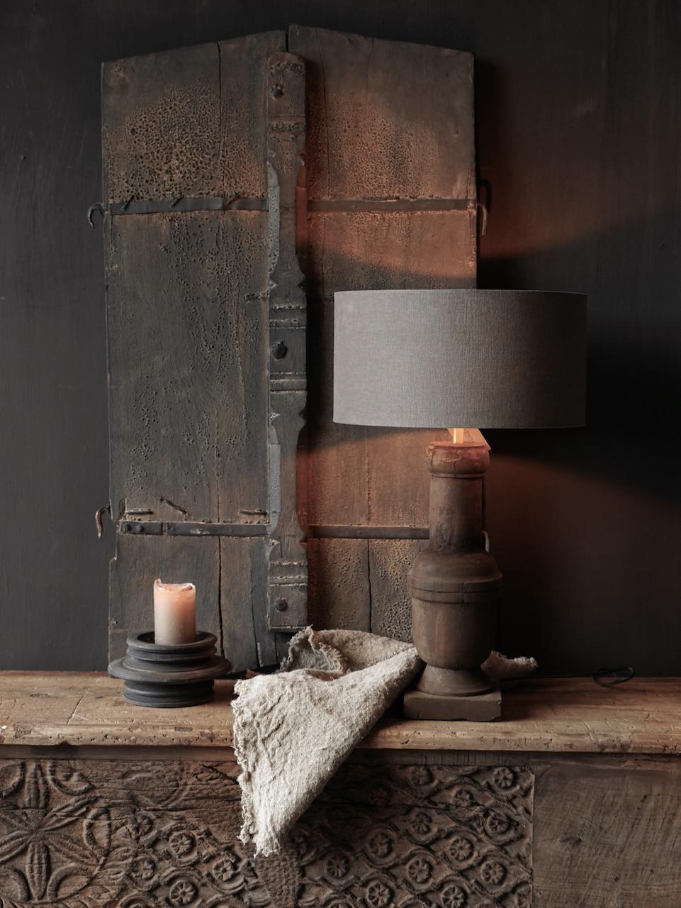 Holzlampensockel-1