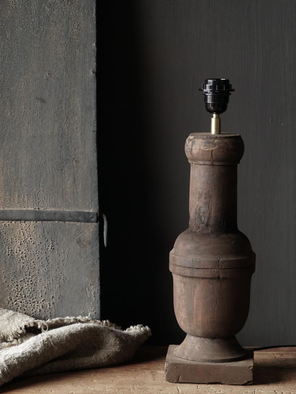 Holzlampensockel-2