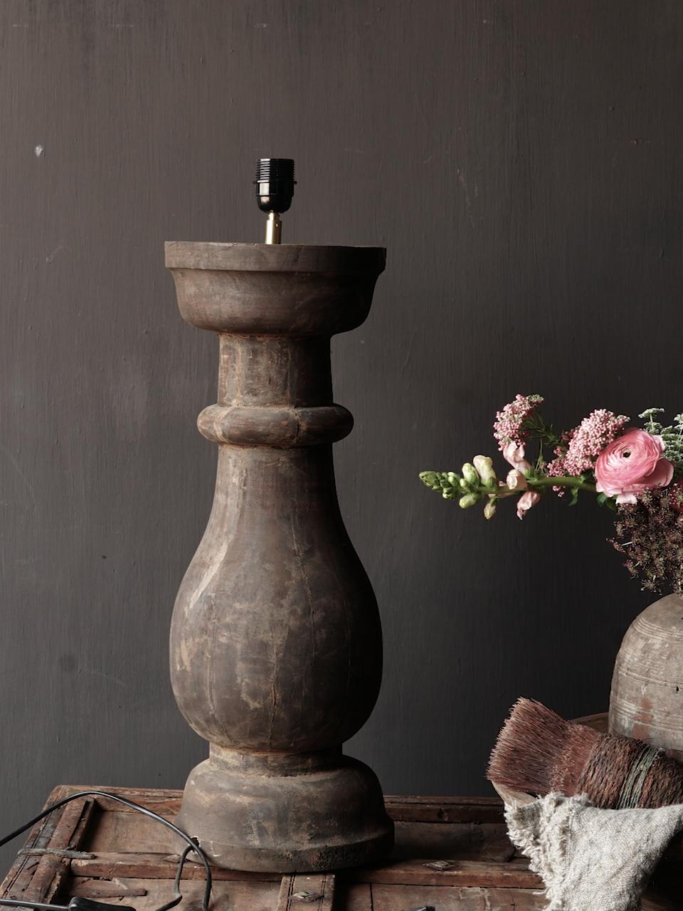 Stoer houten baluster Lamp voet-3