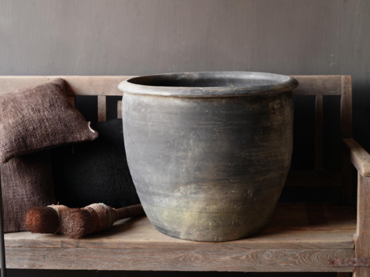 Old Jar / Pot Gray XXL-3