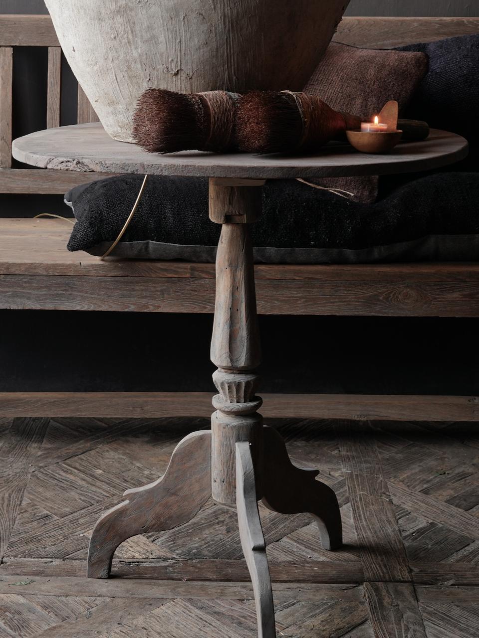 Oud Authentiek houten vergrijsde Wijntafel-2
