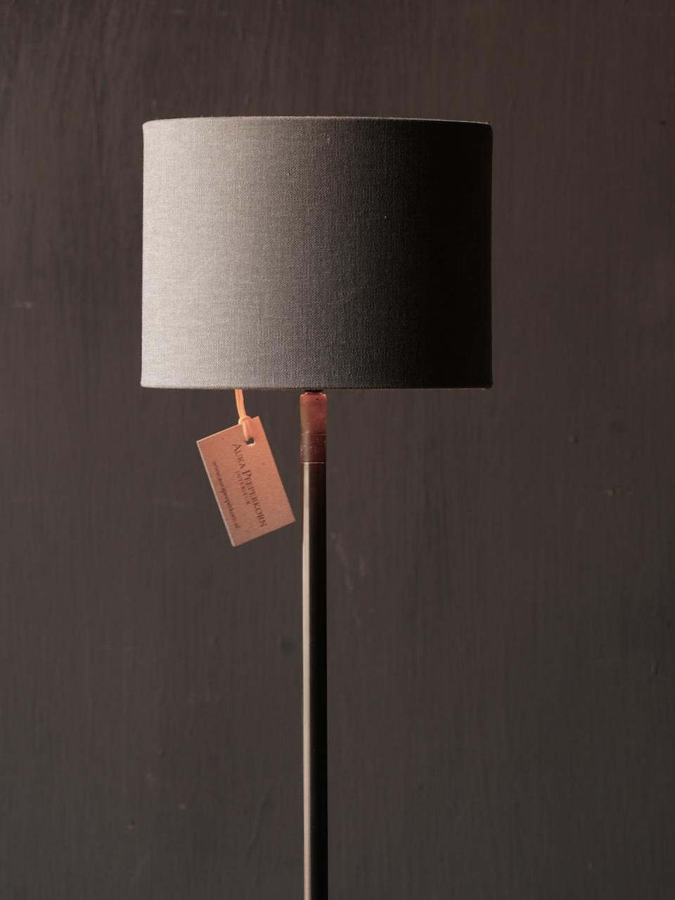 iron floor lamp on a natural stone base Aura Peeperkorn-2