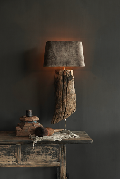 tree trunk wall lamp