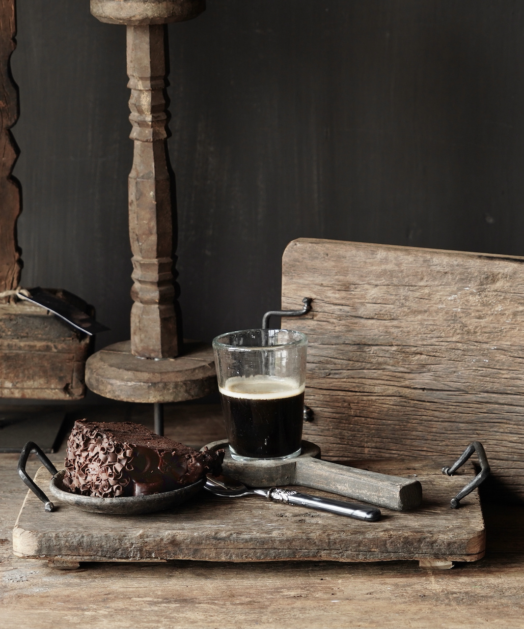 bread / serving tray of old wood with iron handles-1