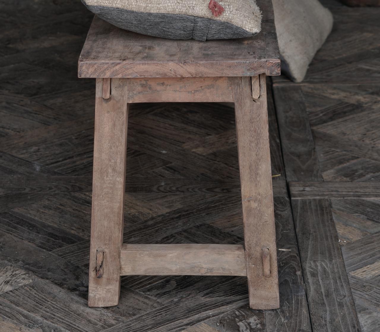 Stoere Bank van oud gebruikt hout-5