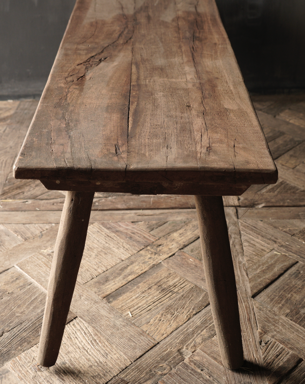 Coffee table made of old wood-4