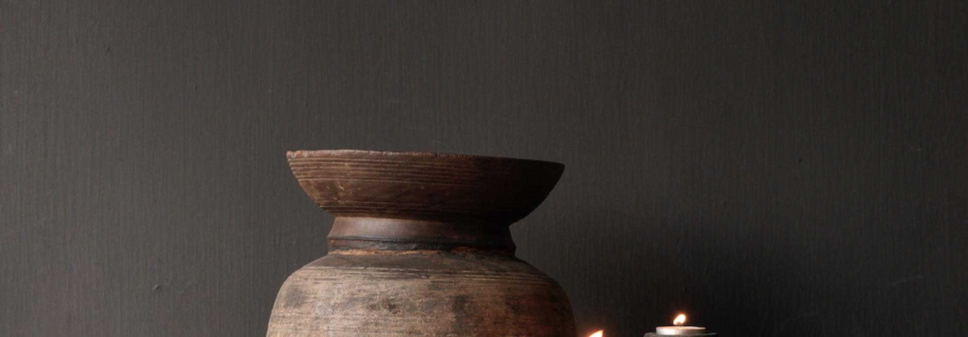 Oude Authentieke houten schaal