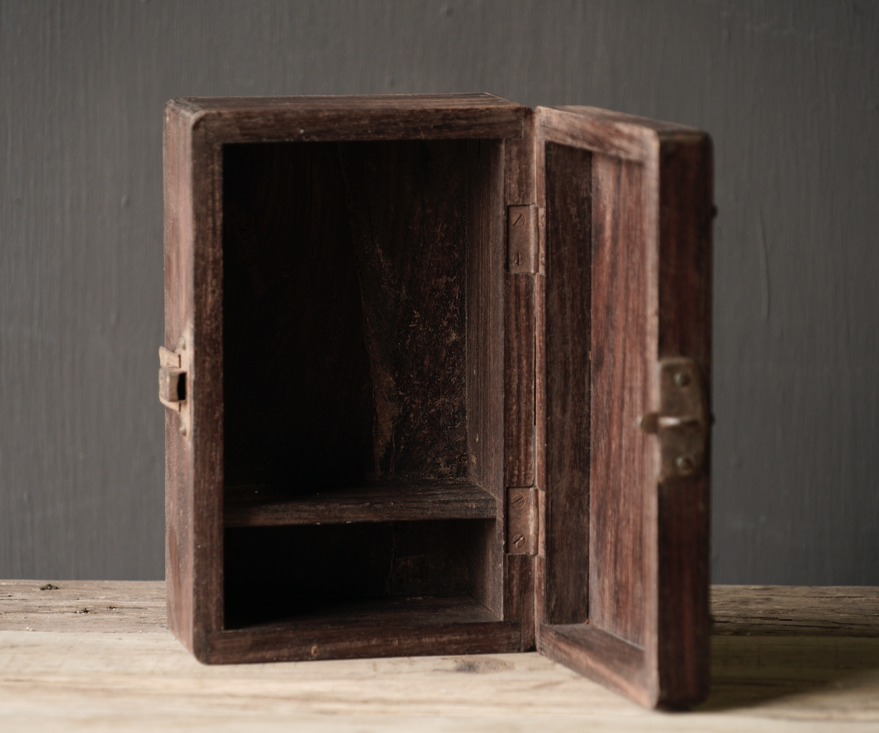 Old Authentic wooden box-10
