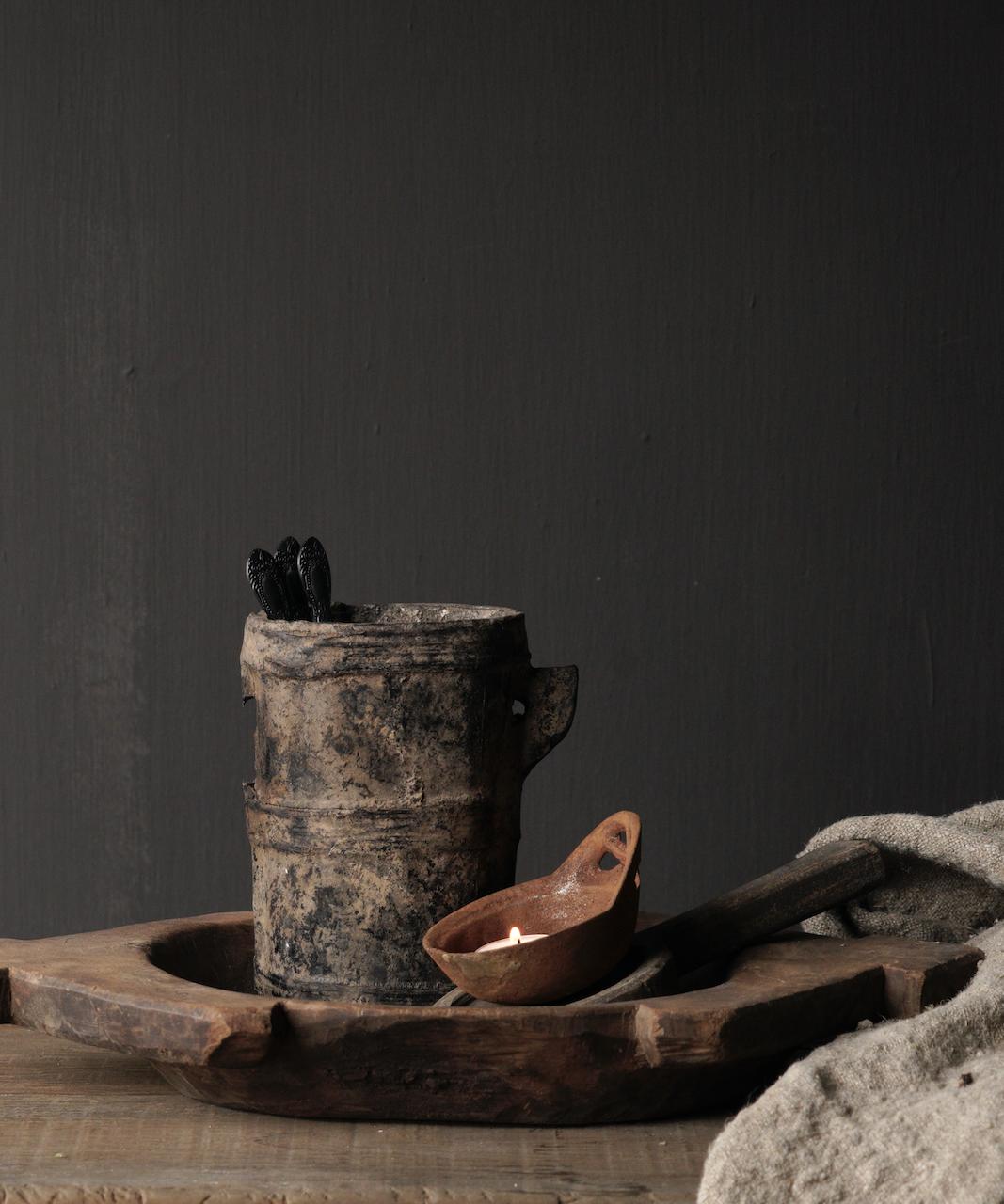 Kleiner sehr alter hölzerner Küchentopf - Kopie-1
