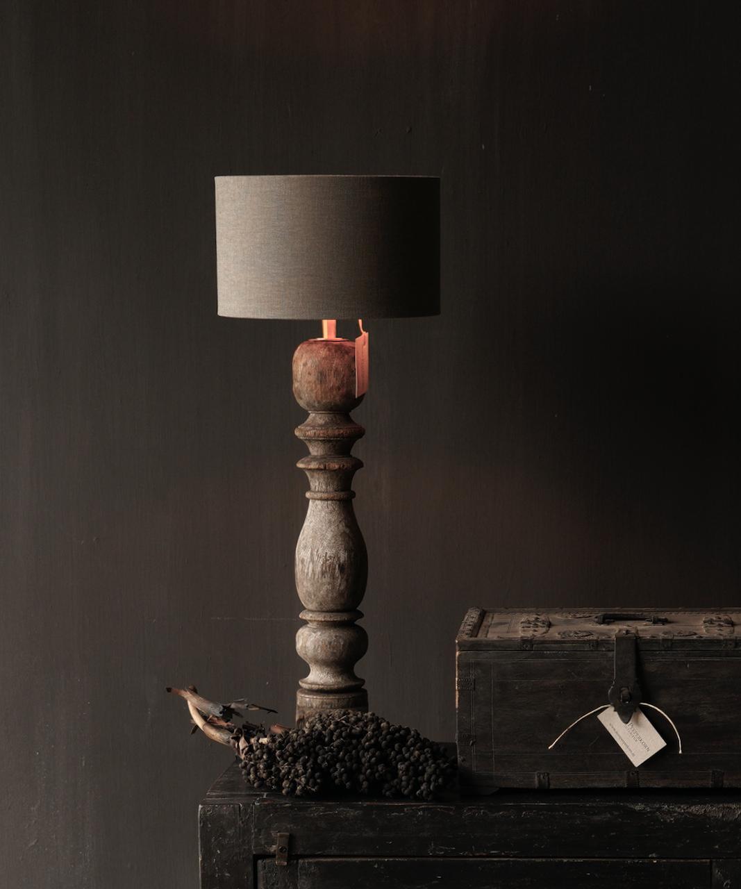 Prachtig Oude Houten Baluster lamp voet-1