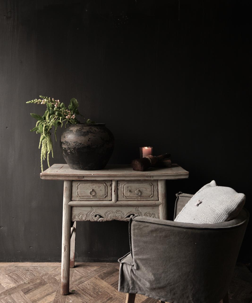 Authentisch Einzigartiger alter Wandtisch / Beistelltisch / Badezimmermöbel mit grau lackierten Schubladen-1