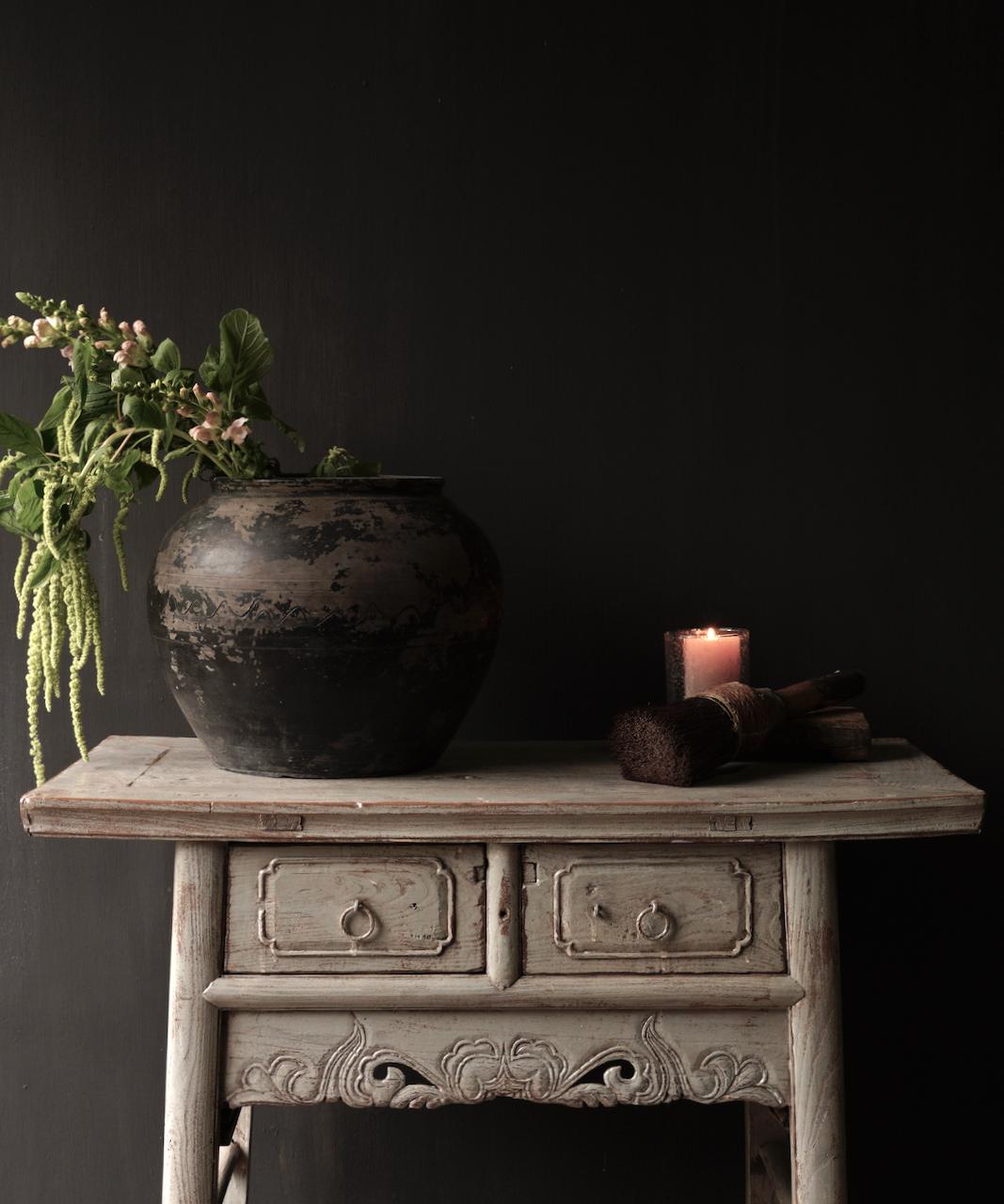 Authentisch Einzigartiger alter Wandtisch / Beistelltisch / Badezimmermöbel mit grau lackierten Schubladen-3