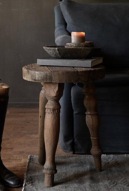 Uniek rond stoer houten bijzet tafeltje met verschillende poten