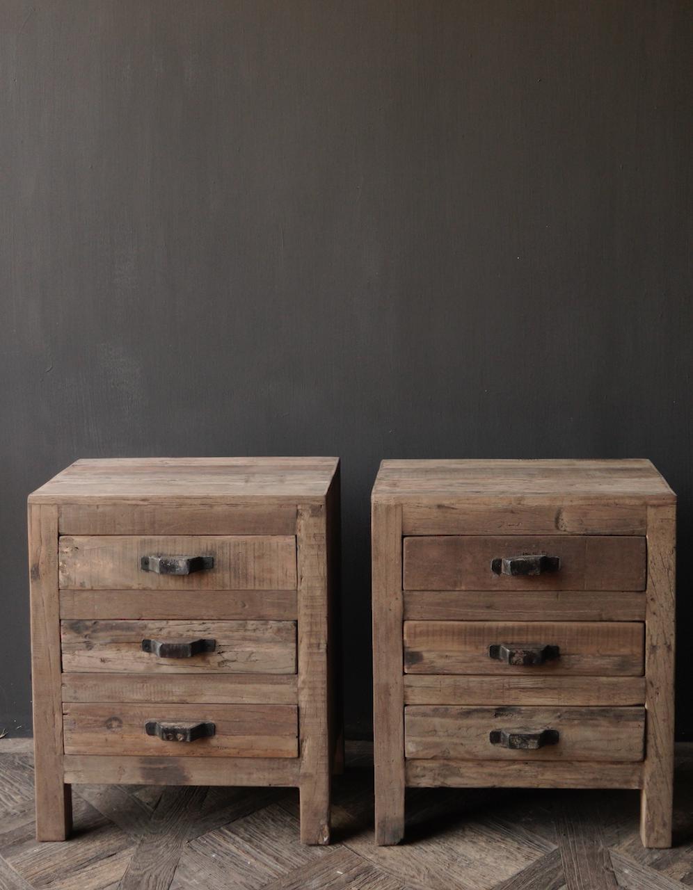 Oud driftwood houten kastje   oftewel nachtkastje met lades-3