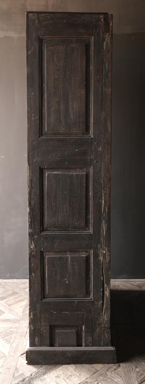Oude Unieke Indische ( Wabi Sabi) kast twee deurs-7