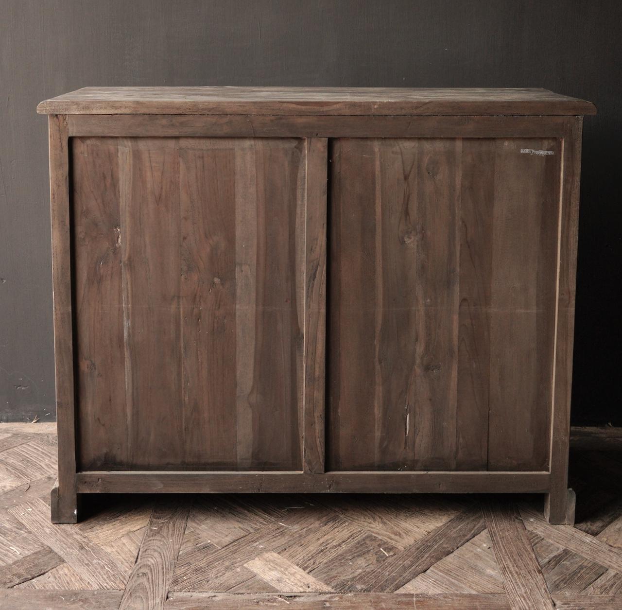 Alte Holzkommode mit Tür Lieke-6