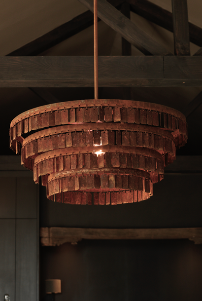 Atmospheric Tough Hanging lamp rusty pictures