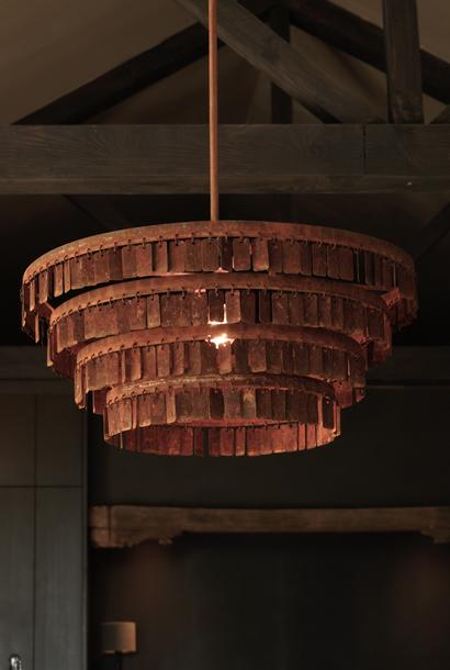 Sfeervolle Stoere Hang lamp roestige plaatjes