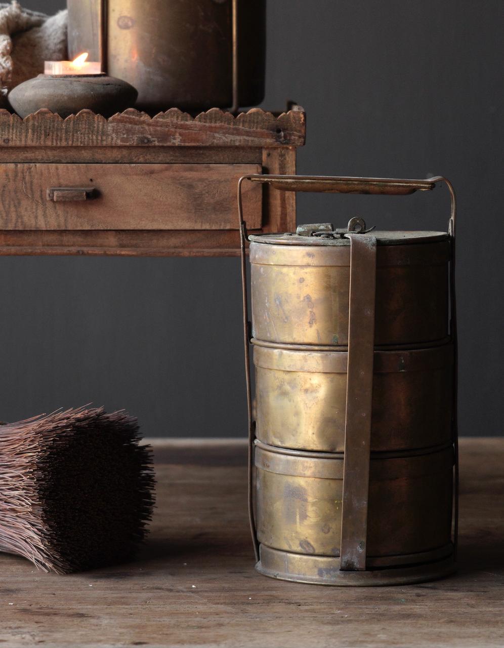 Antike indische Brotdose aus Kupfer-3