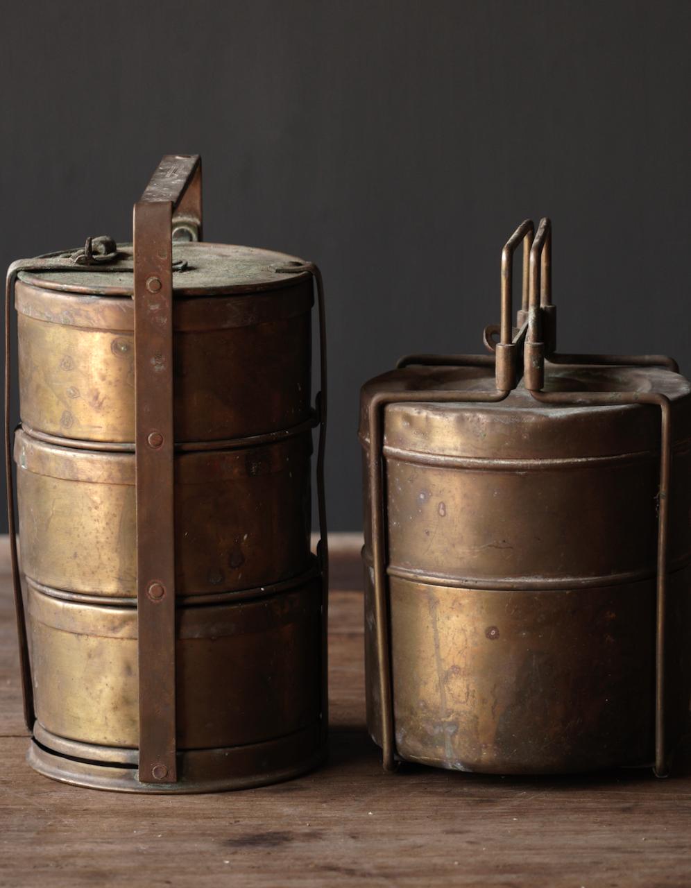 Antike indische Brotdose aus Kupfer-8
