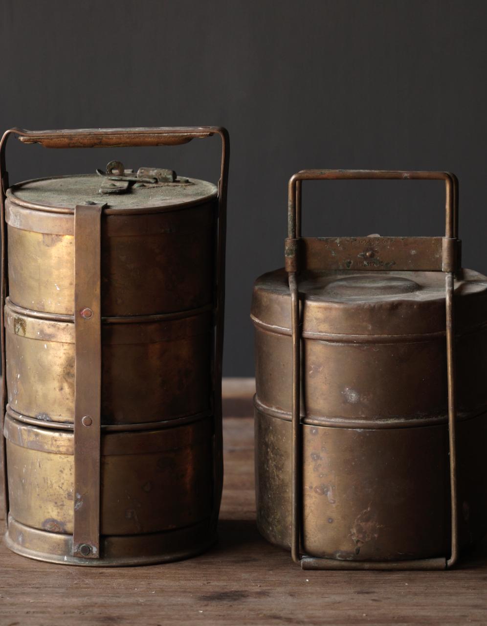Antike indische Brotdose aus Kupfer-9