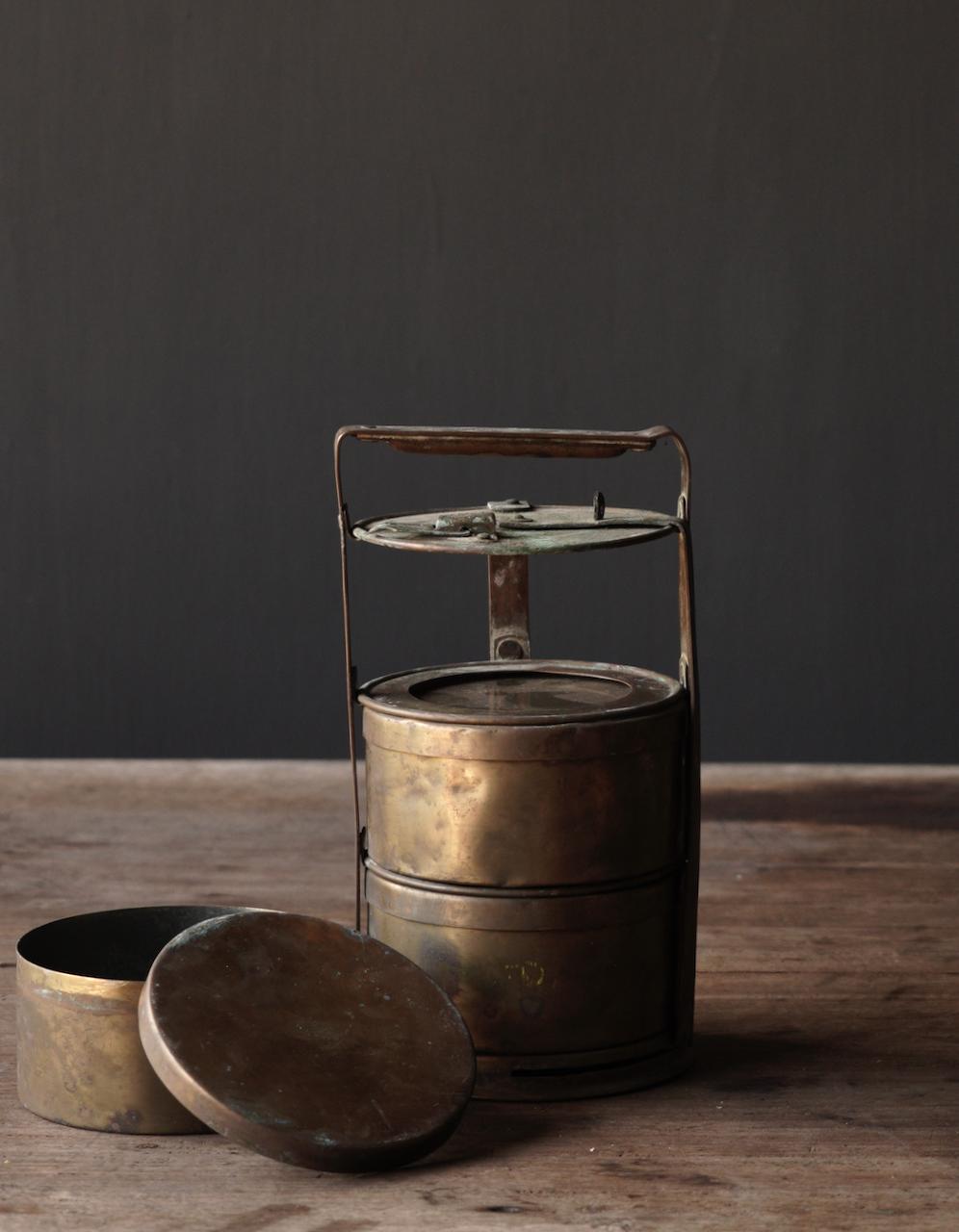 Antike indische Brotdose aus Kupfer-10