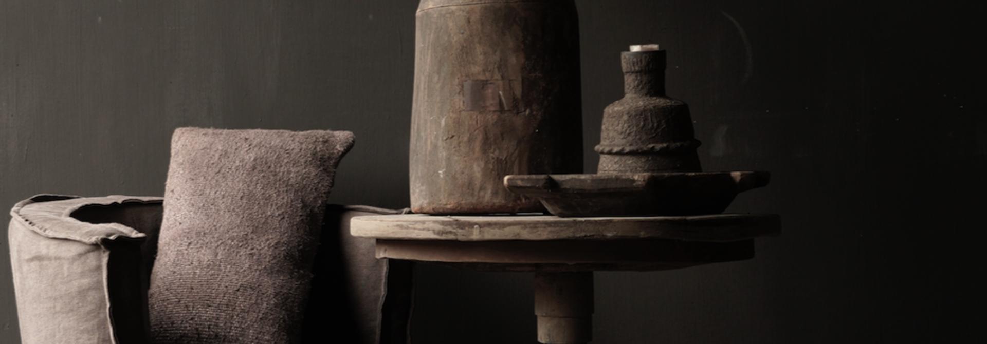 Robuster robuster runder Weintisch aus altem Altholz 60cm