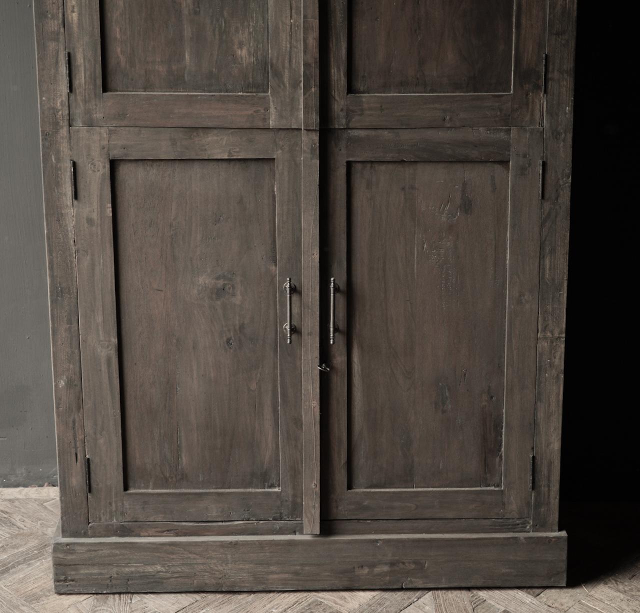 Schöner Tough Rural alter Holzschrank vier Türen-5