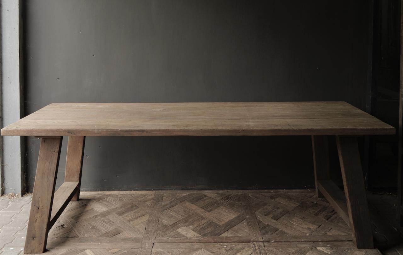 Robuster alter Esszimmertisch aus Holz mit A-Bein 240x100cm-5