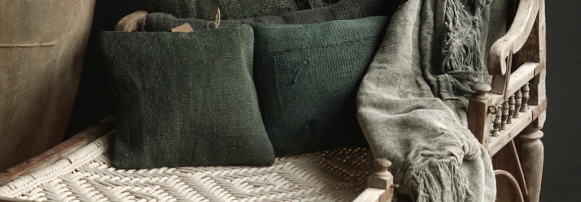 Kilim hemp pillow green