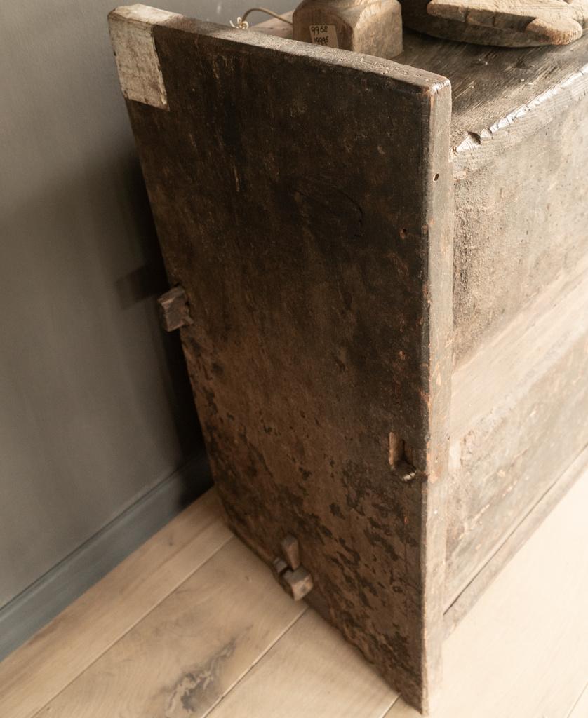 Stoere oude Himalaya   Kist / Box-6