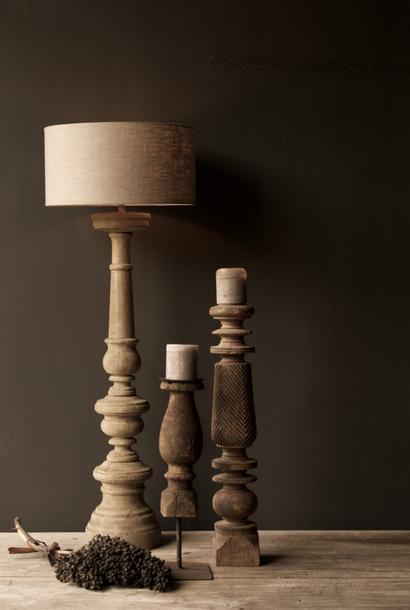 Baluster-Lampensockel aus Eichenholz