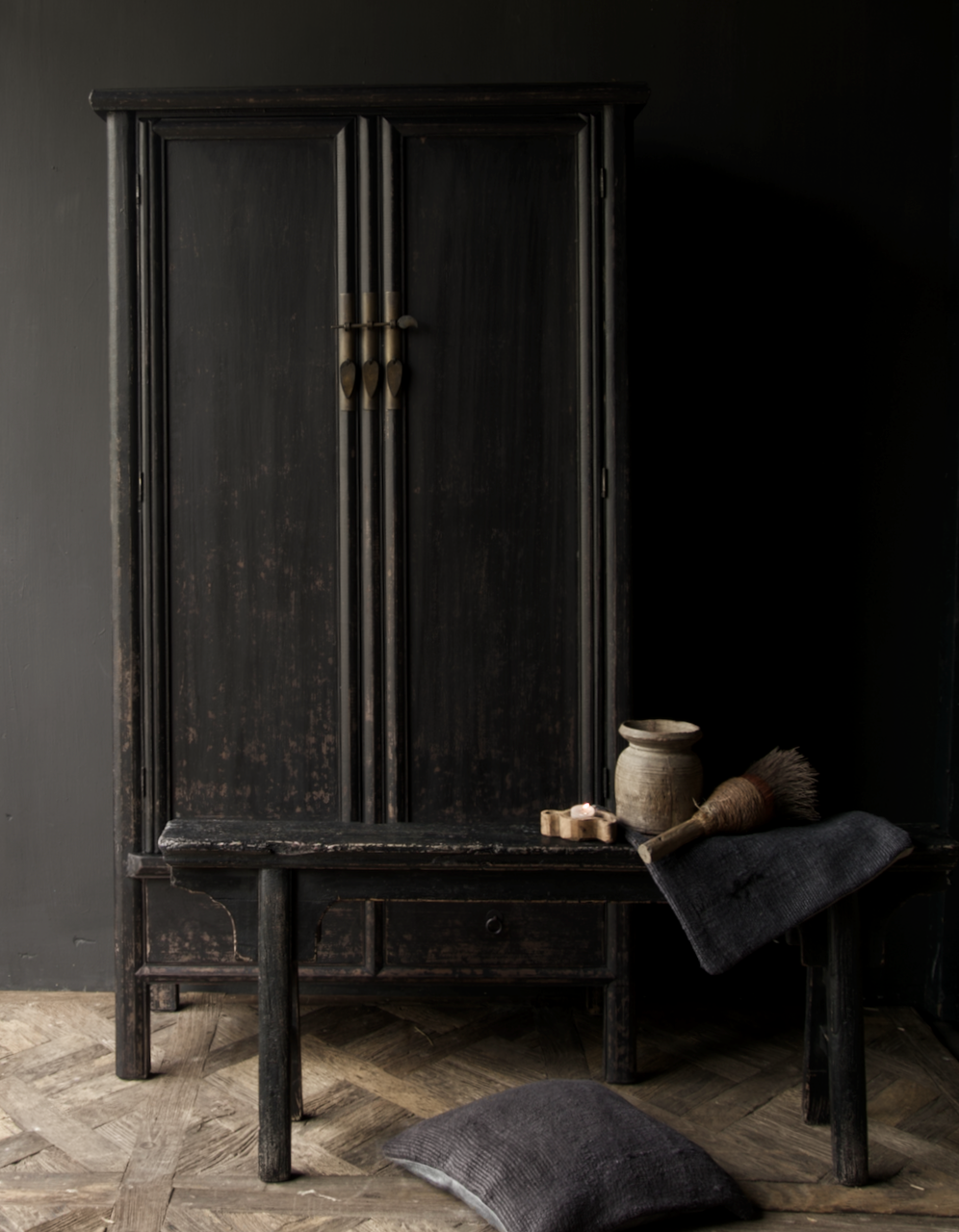 Schöner Tough Rural alter Holzschrank mit zwei Türen-1