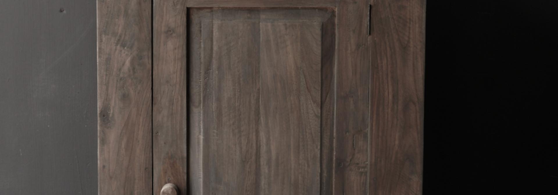 Stoer  kastje Lieke van Aura Peeperkorn met een deur
