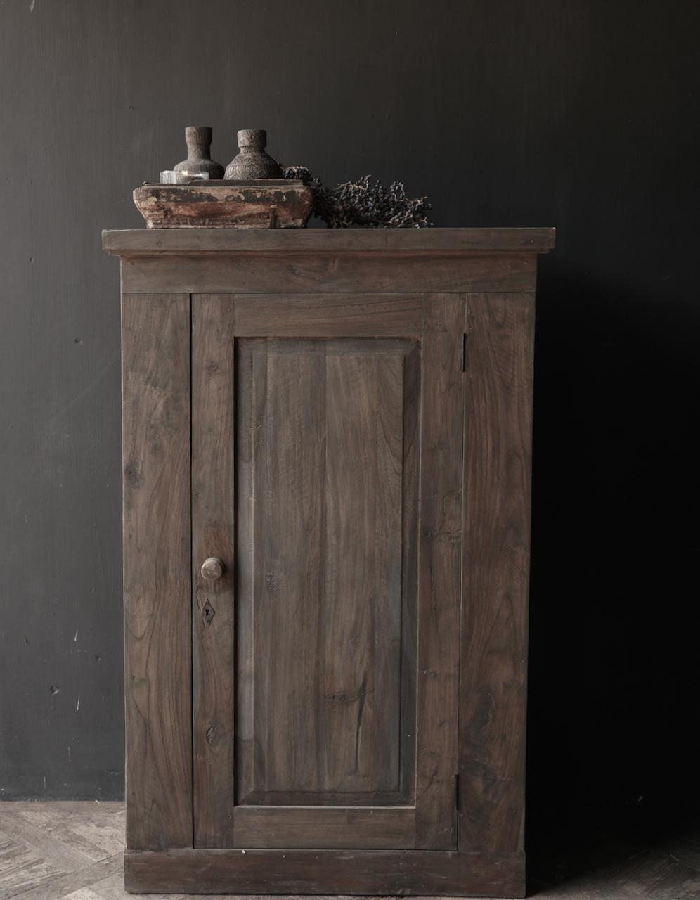 Stoer  kastje Lieke van Aura Peeperkorn met een deur-1