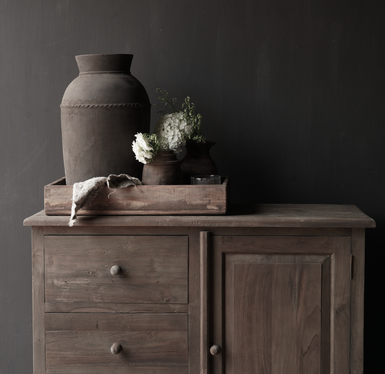 Old wooden chest of drawers with a door Lieke-2