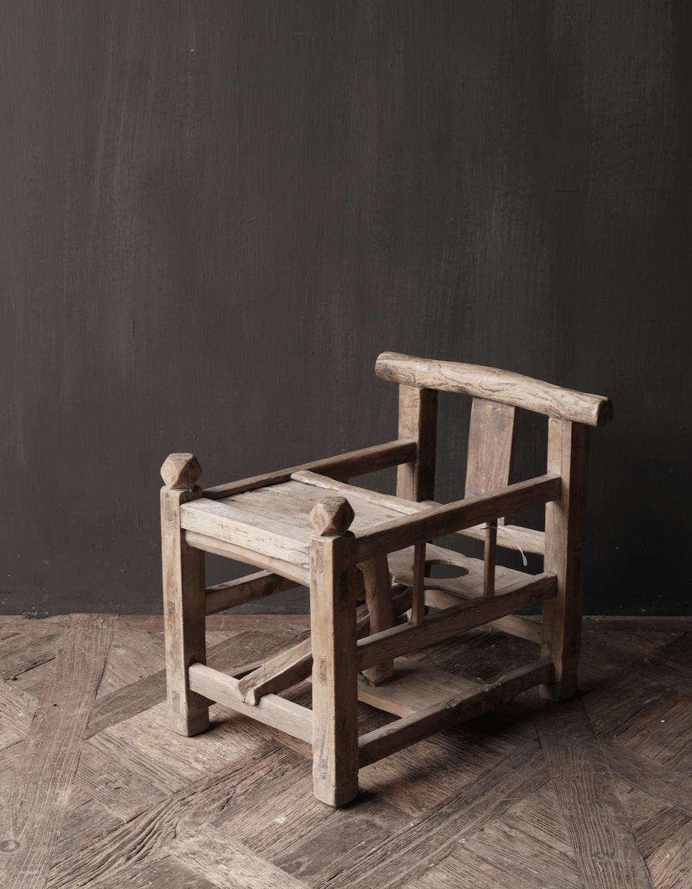 Uniek , Antiek Oud  Indisch houten kinderstoeltje-3