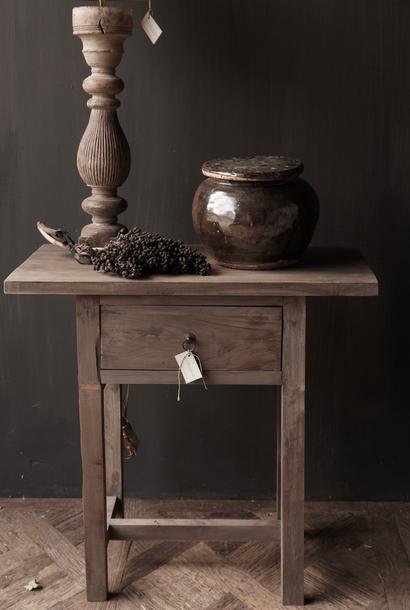 Lieke's hall table/drawer -