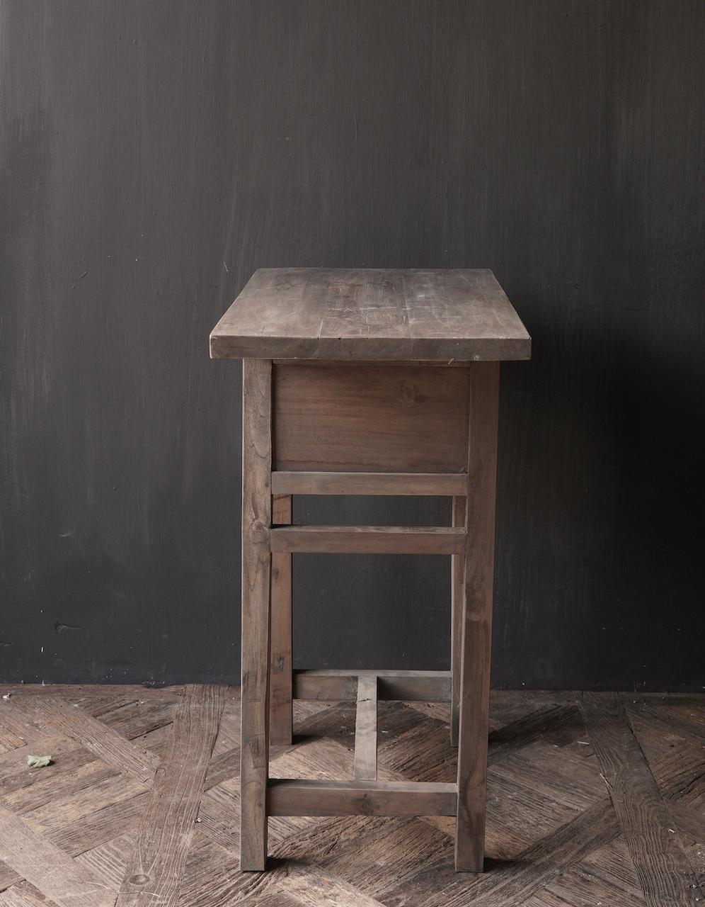 Lieke's hall table / drawer-3