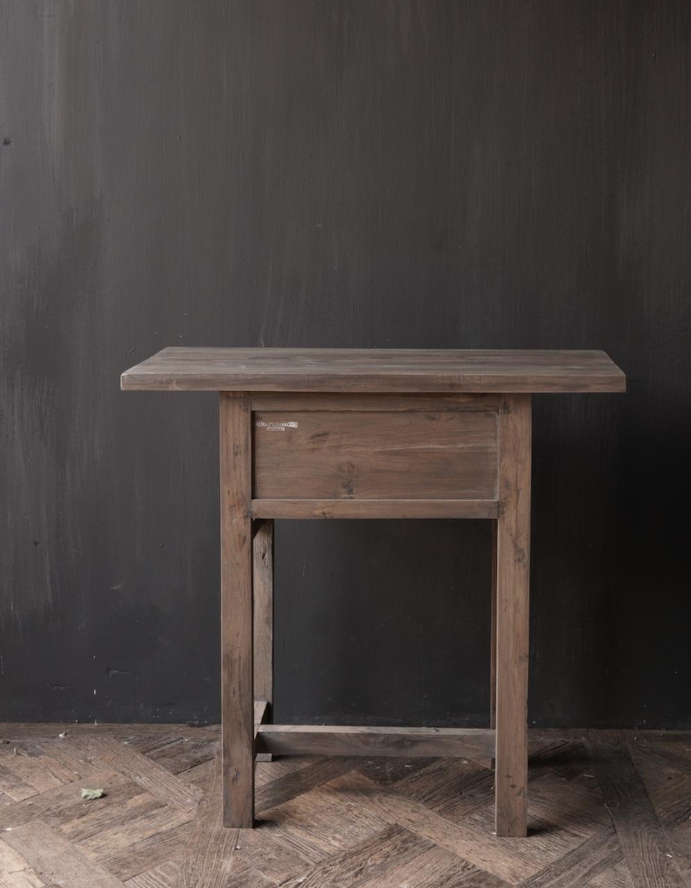 Lieke's hall table / drawer-5