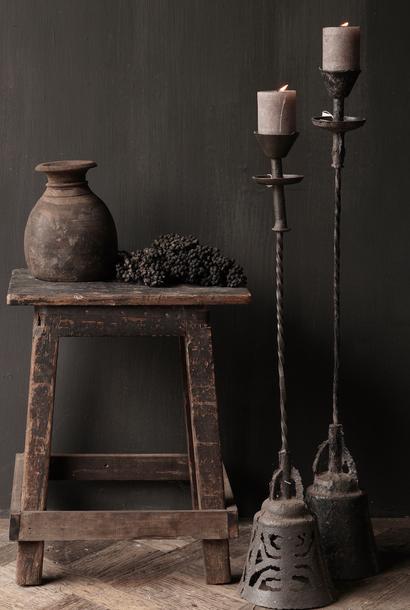 Authentischer Kerzenständer aus Eisen