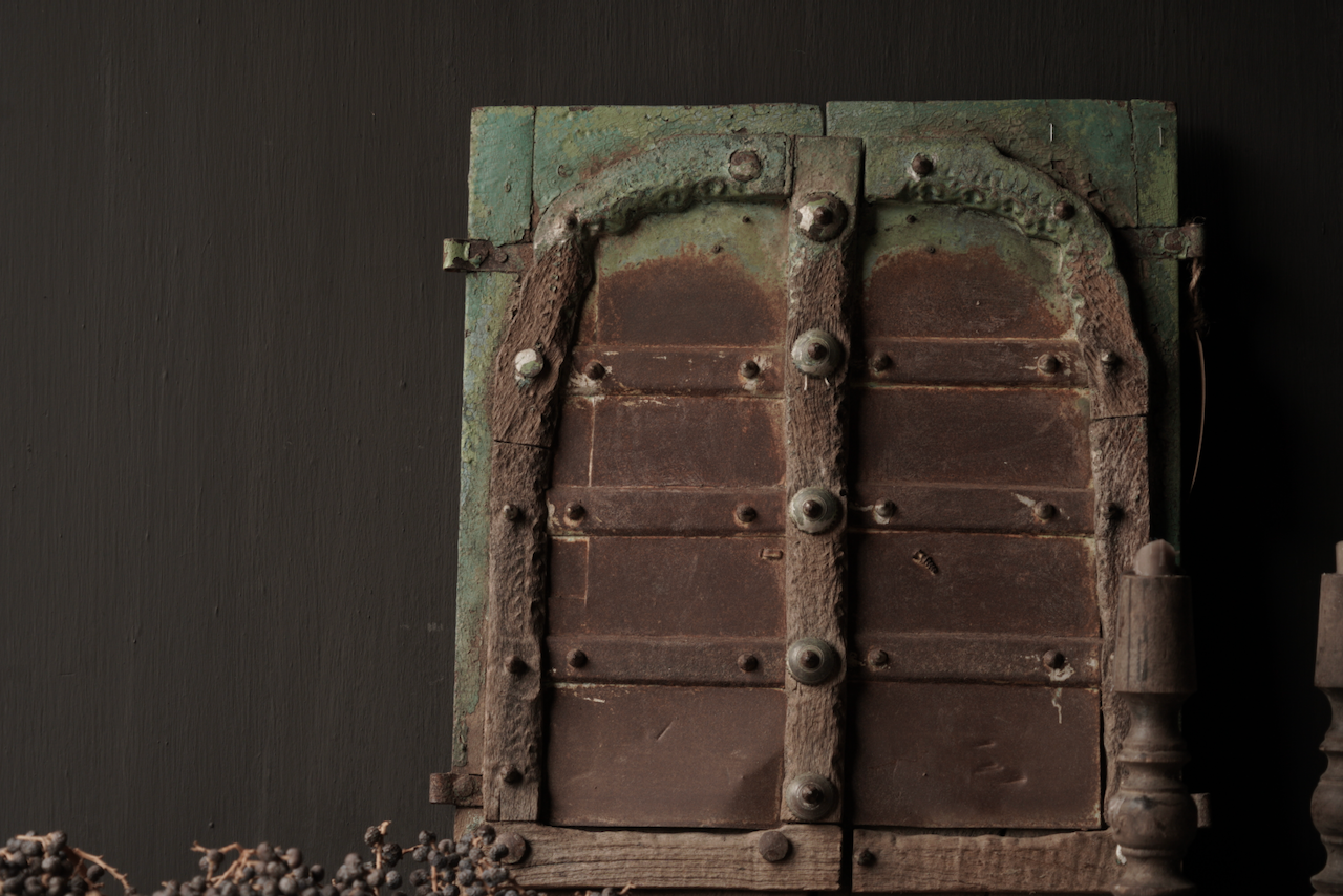 Beautiful Old Indian wooden hatch-3