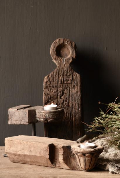 Uniek houten waxine houder van oud Ornament