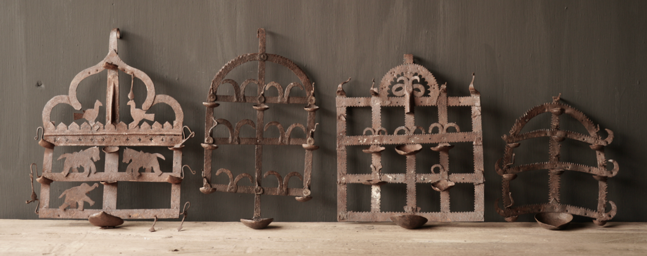 Old iron wall candlestick-3