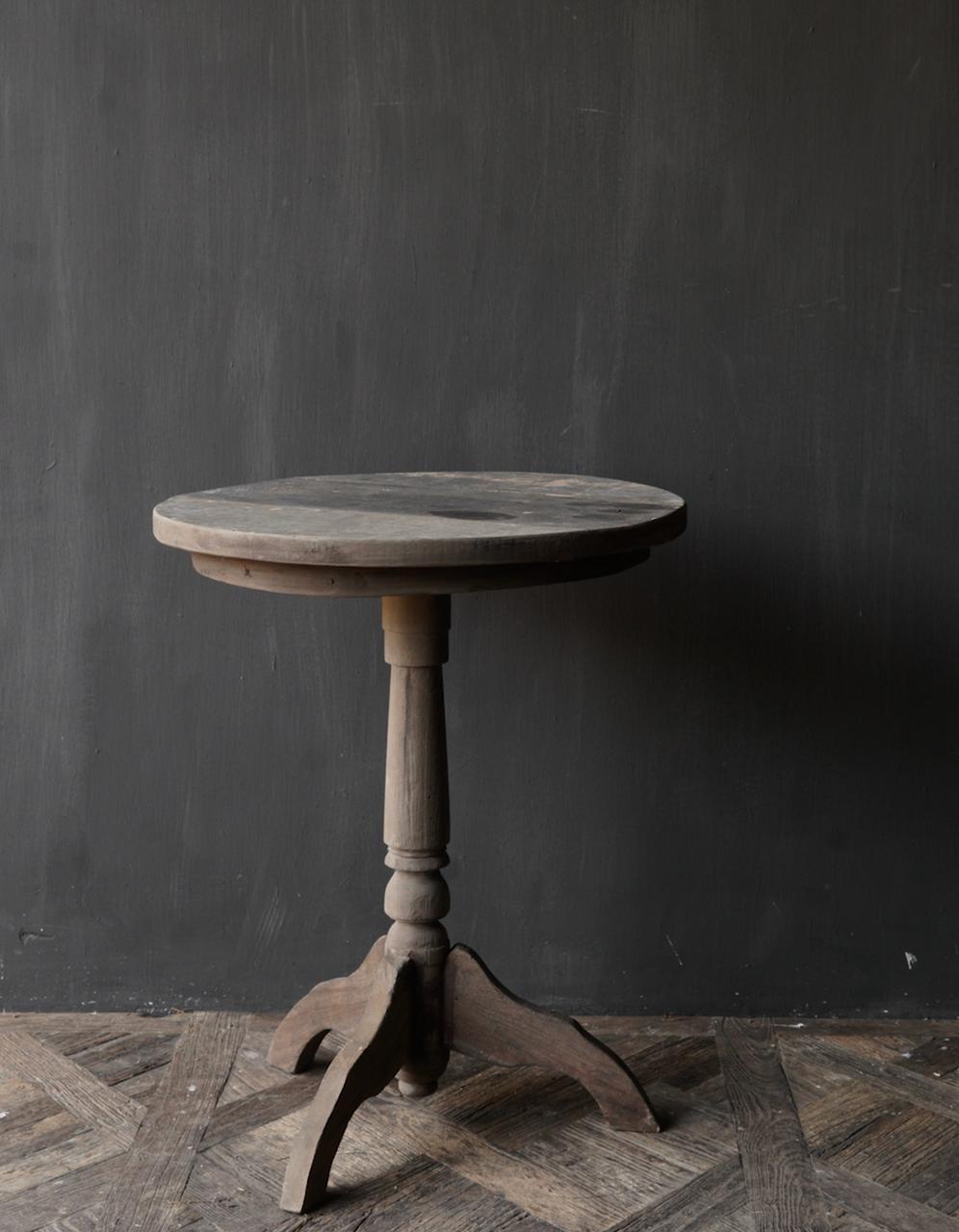 Robuster robuster runder Weintisch aus altem Altholz 60cm-2